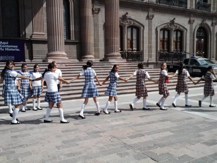 Schoolgirl Tour