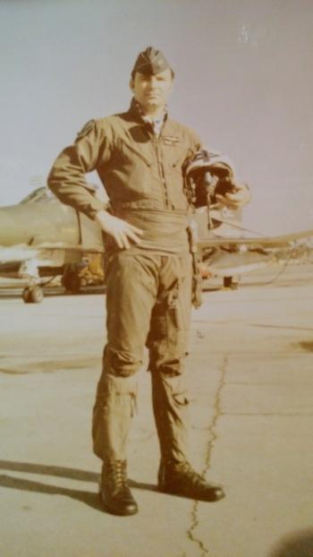 Pilot Howard Moss at 33 percent 900 dpi